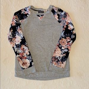 Papermoon Gray and Floral Top